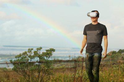 VRで未来を感じる